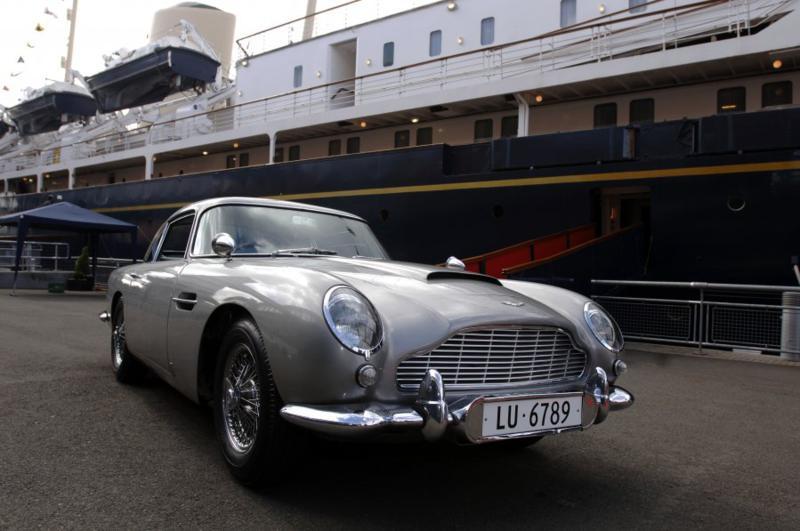 Aston Martin: O Carro do Agente James Bond 007 – O toque inglês de sofisticação e esportividade