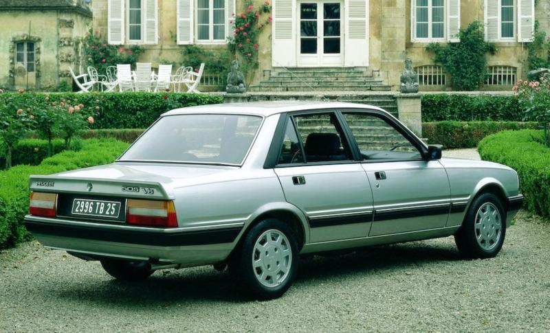 O atributo alt desta imagem está vazio. O nome do arquivo é Peugeot-505-Pubs-site-2021-64.jpg